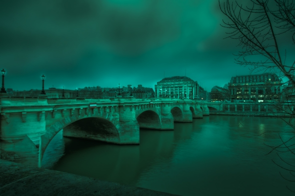 Pont Neuf and Samaritaine in Black and White