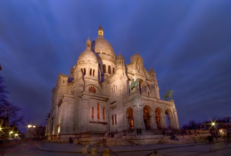Le Sacre Coeur, Montmartre at Valentines