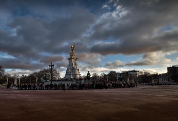 Victoria Memorial - Buckingham Palace