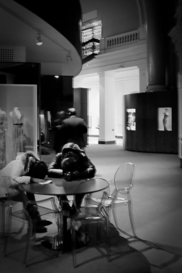 Bored in a museum - London Victoria and Albert museum - Martin Soler