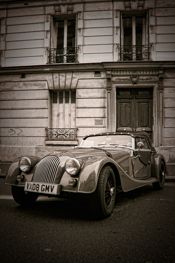 Old car in Montrouge, Suburb of Paris