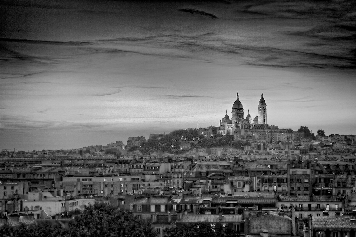 Montmartre paris in black and white