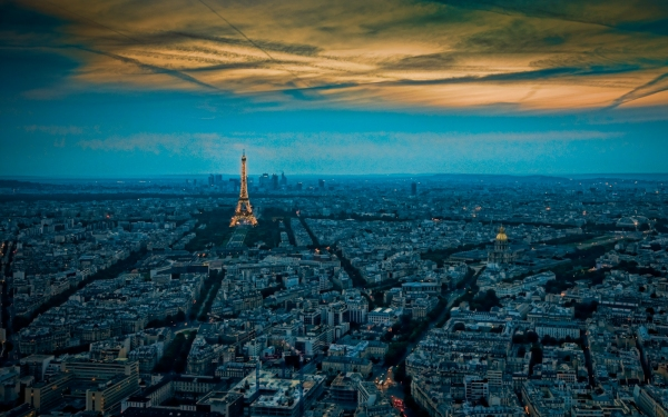 A classic view of Paris from the top of Tour Montparnasse.